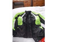 Fulmer Brand New, Quality Motorbike Rain Jacket and Matching Trousers, Medium, Black/Reflective.