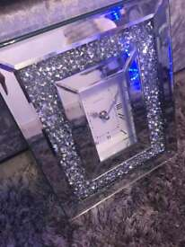 only a few left Crushed diamond mirrored clock free standing small brand new boxed