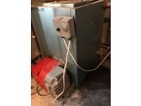 OILED FIRED BURNER AND BOILER 90/120 VERY GOOD CONDITION PWO