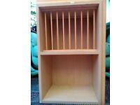 Open plate rack / wall shelf unit Shaker maple & golden colour W72 x H47cm x D30cm.