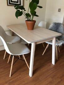 Dining table - Birch