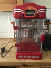 Red Hollywood popcorn machine