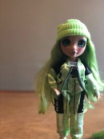 Rainbow High Doll Jade Hunter