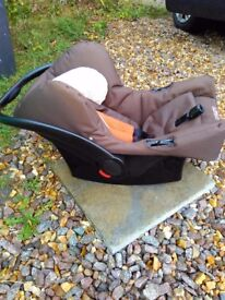 Cosatto 3in1 travel system - cot, pushchair, car seat, 4 wheeler