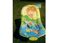 New Baby World Musical Melodies Baby Bouncer/Rocker with Vibration