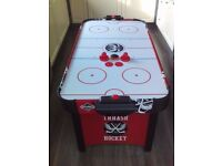 4ft Hy-Pro Air Hockey table as new condition with Air powered Puck . snooker pool football
