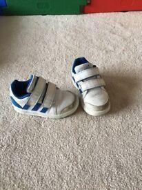 Adidas trainer size U.K. 7