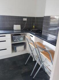 Two bed ground floor home to rent. Kitchen , Bathroom Front garden. Unfurnished Quiet street