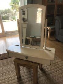 Dressing Table Mirror & Vanity Box
