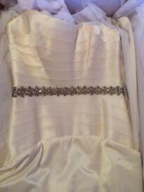 Suzanne Neville Martaize Wedding Dress