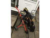 Cobra juvenile golf bag with clubs and trolley