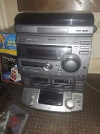 Sony hi fi system with speakers