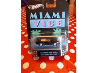 Miami Vice Ferrari 365 GTS4 Daytona Spyder model car