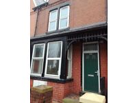 2 Bedroom Flat to Let - Beeston, Leeds. - Housing Benefit Considered