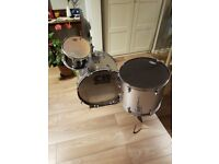 CB drum kit shell pack with stool