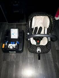 Primo Viaggio IP Car Seat with Surefix Base