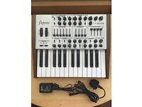 Arturia Minibrute SE (Mint Condition, with box, manuals, power supply & preset sheets)