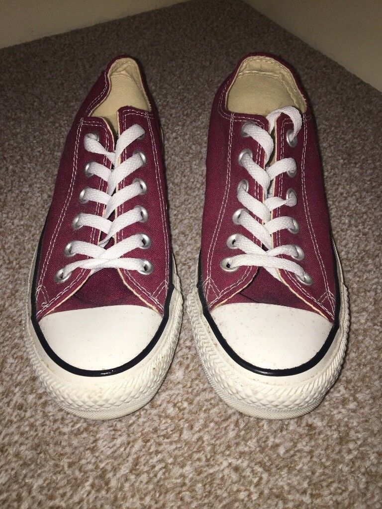 ad3872085cf0c0 Burgundy Converse (size 5) FOR SALE