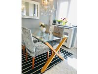 Glass dining table with 4 velvet chairs