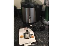 Brand new elgento juicer with 2 year warranty .. no box