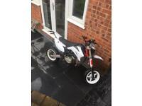 140 cc registered as 125 cc cw pitbike