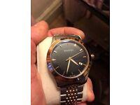 Men's Gucci watch in Silver & Rose Gold. *100% GENUINE WATCH*