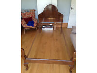 Pair of Mahogany Queen Anne style beds by Staples & Co