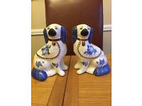 STAFFORDSHIRE WARE pot dogs