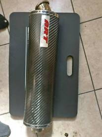 Motorcycle exhaust - End can