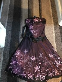 Jane Norman size 8 never worn
