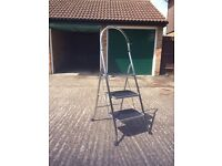3 step ladder with handrail