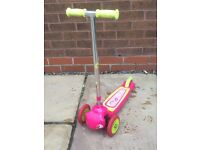 Decathlon 3 wheel scooter - Pink