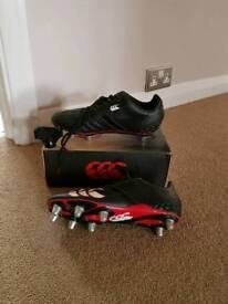 Rugby/football boots