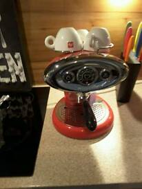 Lily coffee maker