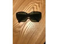 Ray Ban Hepburn Style Sunglasses