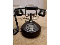 Vintage retro desktop phone