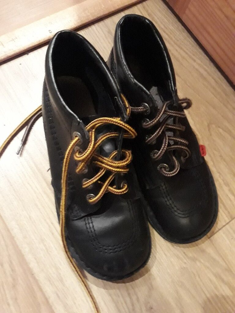 Kickers black boots
