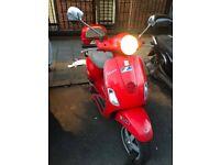 Red Vespa Piaggio LX 50 - urgent