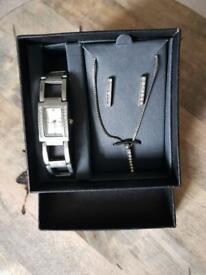 Jewellery boxed gift set