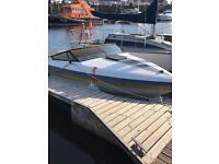 Mercedes cruiser rinker speed boat