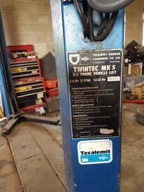 2 Post Car Ramp, Tecalmit 2.5 Ton