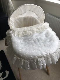 Claire de Lune Ivory Mosses Basket with Stand 'like new'.