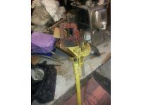 electricians pipe bender/vice hilmor