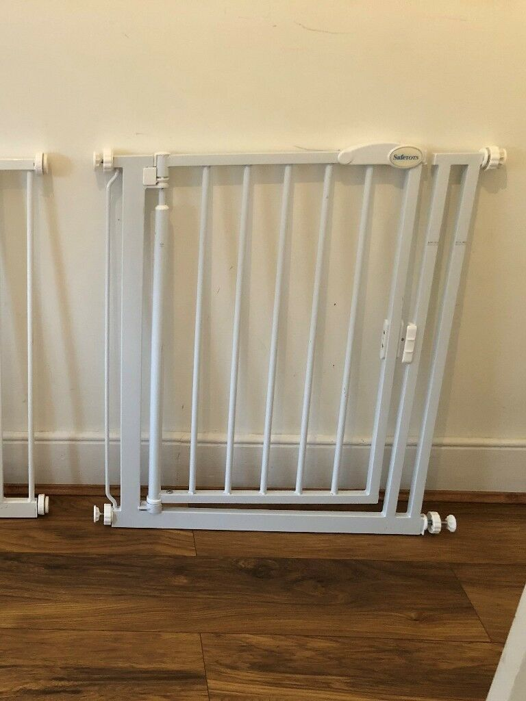 Safetots Self Closing Baby Stair Safety Gate White Narrow 68 5cm