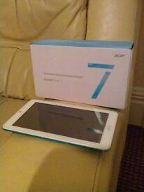 2x Acer tablet