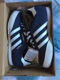 Adidas samba trainers size 5.5