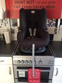 SOLD!!! Britax car seat (child's weight 8-15kg)