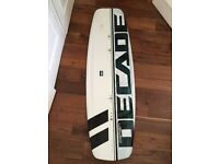 O'BRIEN DECADE Wakeboard 144cm, great condition + bindings