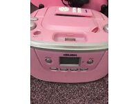 Pink cd/iPod stereo