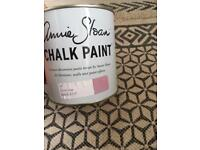 Annie Sloane chalk paint